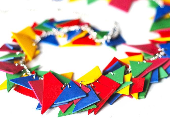 geometric-shapes-diy-necklace-colorful-color-blocking