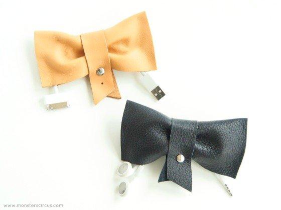 diy-cord-organizer-bows-1